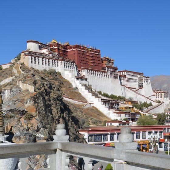 LOSAR. Año nuevo tibetano. Aniversario Lama Yeshe